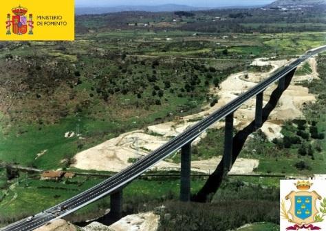 Puente sobre el río Cuerpo de Hombre.Béjar